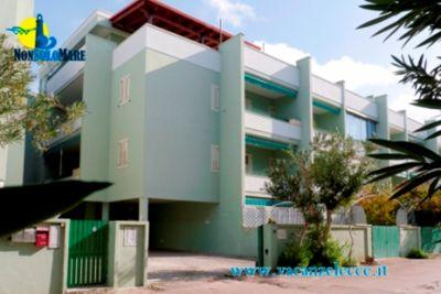Appartamento Europa 7 in Baia Verde con balcone attrezzato